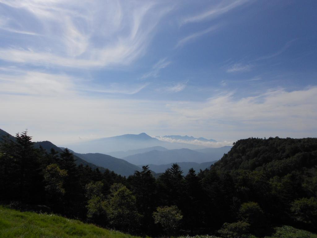 美ヶ原より富士山を望む続きはホームページをご覧ください